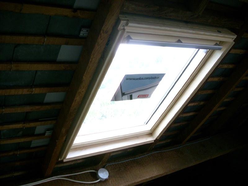 Bricolage pose des velux et habillage placo for Habillage fenetre de toit